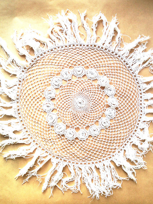 Napperon crocheté grande taille, blanc, occasion remis à neuf
