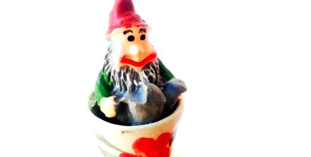 Bague L'ARROSOIR, pot de fleur nain de jardin miniature