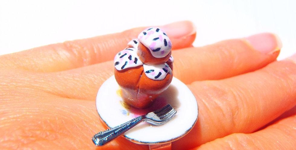Bague LA P'TITE BRIOCHE au sucre, miniature