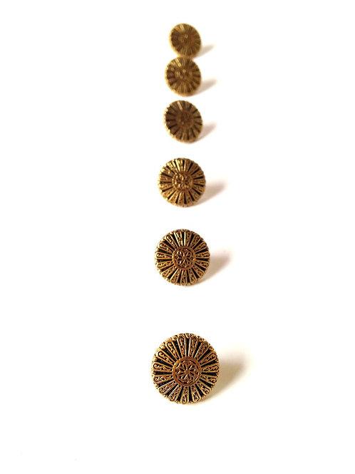 Lot de 8 boutons vintage pastille dorés et noirs, avec motif soleil ou fleur