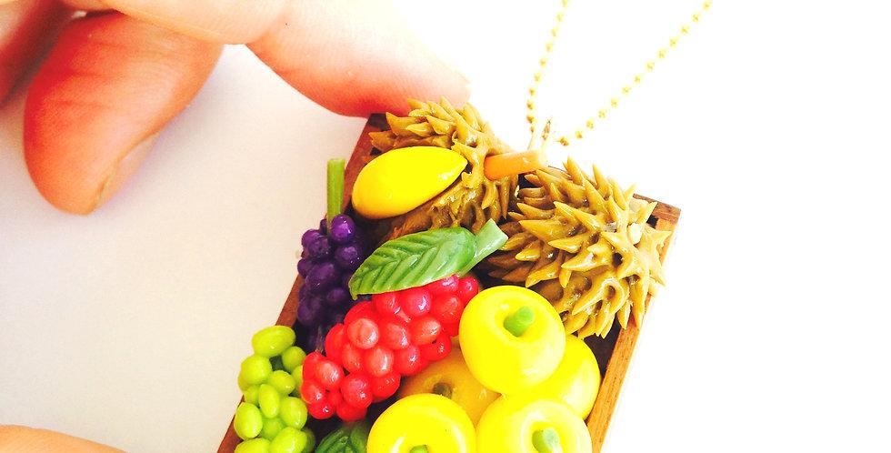 Collier mi-long FRUITS D'ASIE, plateau de fruits miniatures