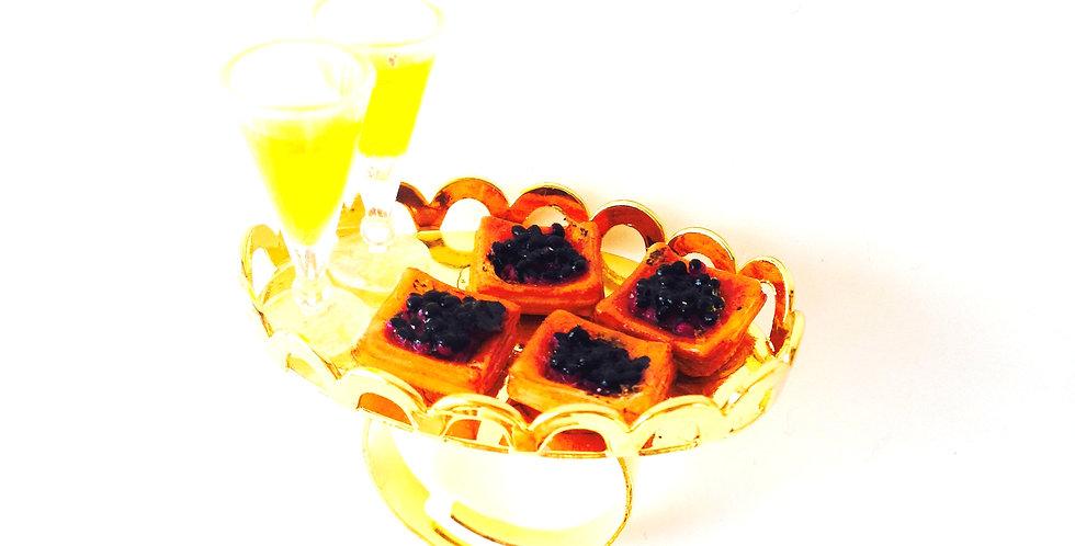 Bague CAVIAR ET CHAMPAGNE, toasts et coupes de champagne miniatures, ajustable