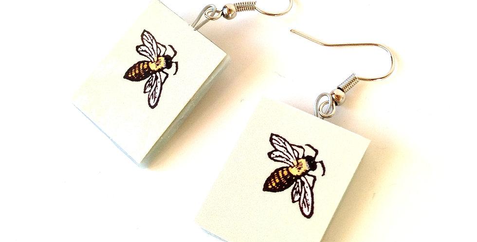 Boucles d'oreilles BZZ !! Les abeilles, carrés vert d'eau