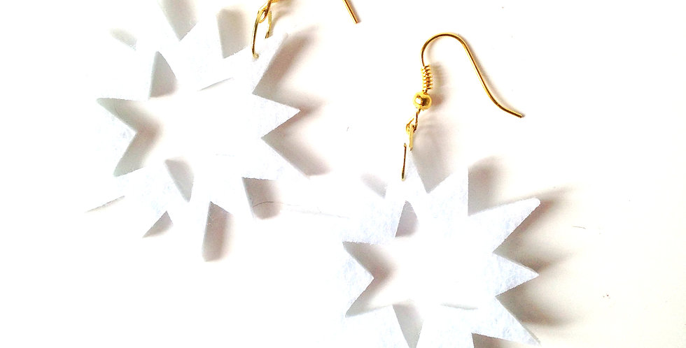Boucles ÉTOILES, en feutrine blanche, apprêts dorés