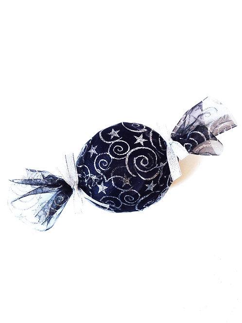 Bonbon de coton mercerisé, avec voile noir dessins argent