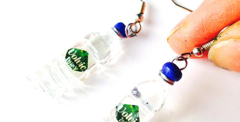 Boucles d'oreilles UNE VIE SAINE, bouteilles d'eau miniatures, faites main par T