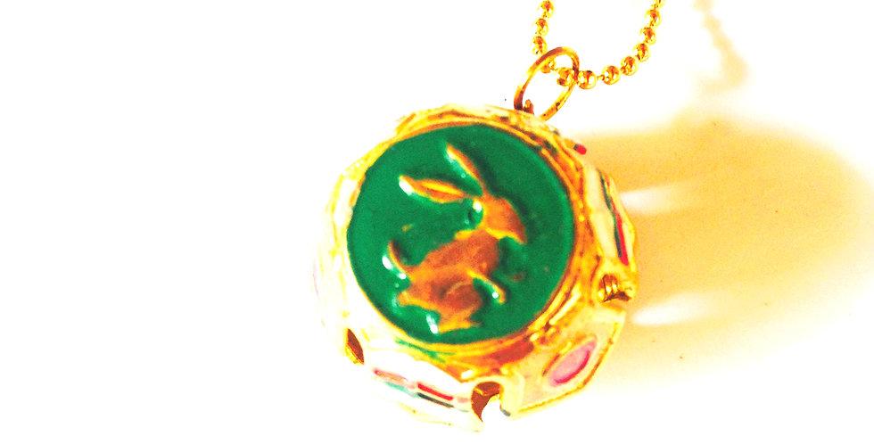 Sautoir GREEN BUNNY, grelot doré