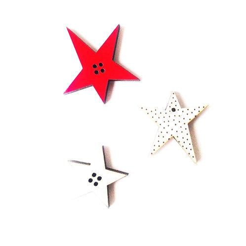 Boutons fantaisie, bois, 3 petits boutons étoiles