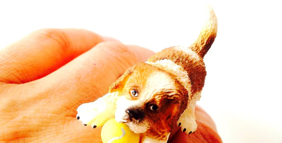 Bague RINGO VEUT JOUER, petit chien et balle de tennis