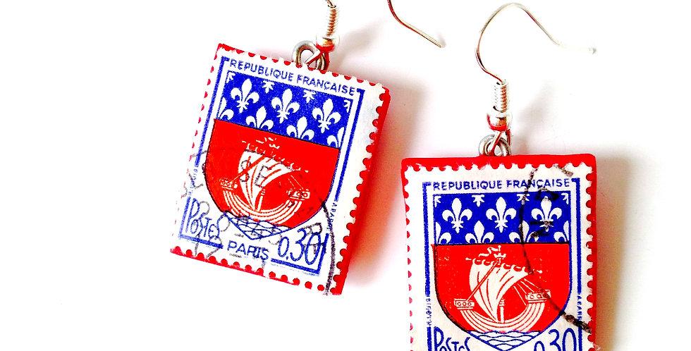 Boucles d'oreilles FLUCTUAT NEC MERGITUR, timbres vintage