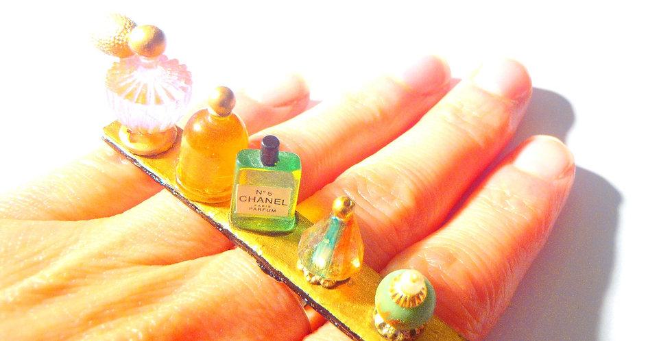 Bague L'ÉTAGÈRE À PARFUMS, miniatures