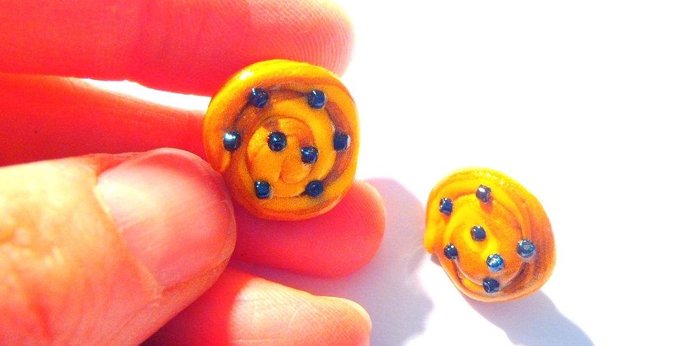 Puces d'oreilles LES P'TITS PAINS AUX RAISINS, miniatures
