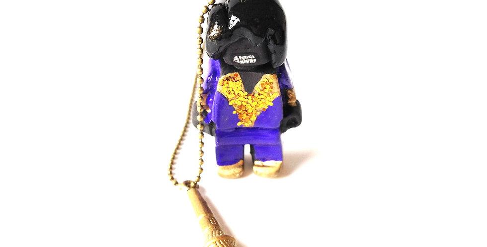 Sautoir PROLÉGOMÈNE, James Brown, bonhomme miniature et micro
