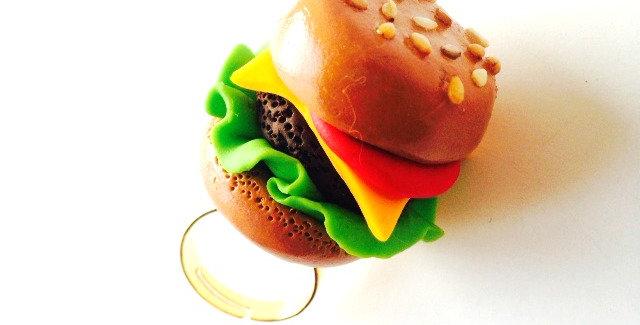 Bague LE P'TIT HAMBURGER, hamburger miniature gros