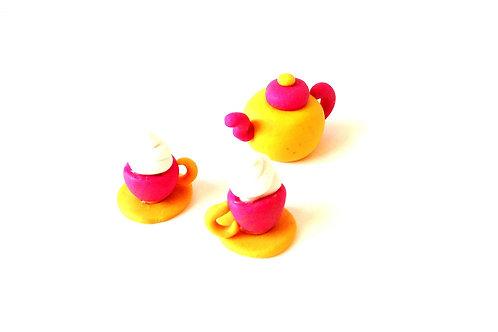 Petite dinette miniature, rose / jaune