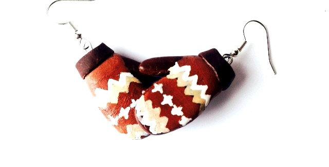 Boucles d'oreilles Les MOUFLES de BERNIE, moufles tissu recyclé miniatures, en p
