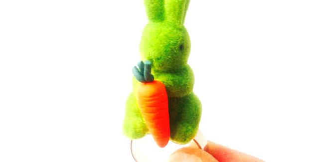 Bague Green Bunny, petit lapin vert carotte miniature