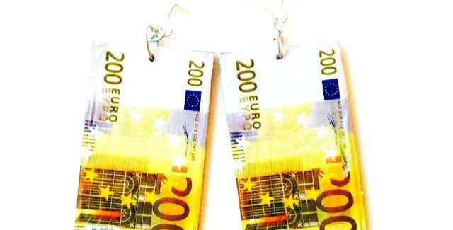 Boucles d'oreilles LES EUROS, miniatures, 200 euros par The Sausage