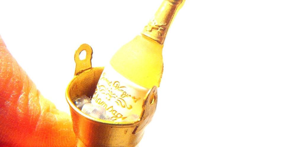 Bague CHAMPAGNE, bouteille miniature, seau à glace doré