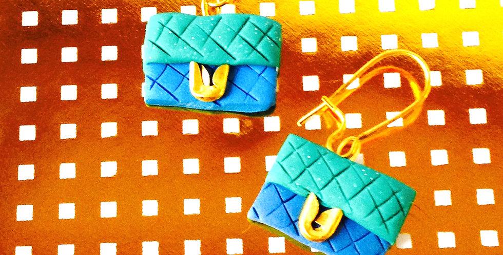 Boucles d'oreilles LES P'TITS CLUTCHS, pochettes matelassées miniatures