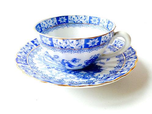 Tasse et soucoupe -- porcelaine de Bavière, Oscar Schaller & co, service vintage