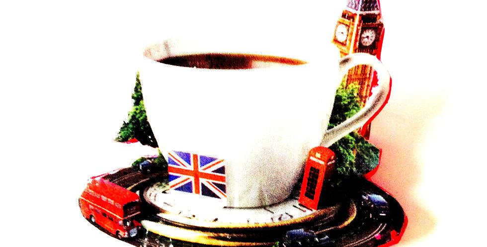 Broche LONDON DE POCHE, tasse de thé