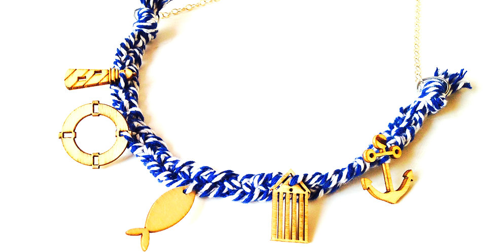Collier MARIN, bleu marine charms en bois