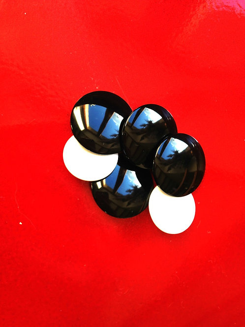 Lot de 6 boutons vintage, en résine, 4 noirs et 2 blancs plus petits