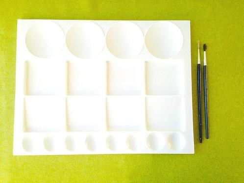 Palette en plastique, grand modèle, produit d'occasion