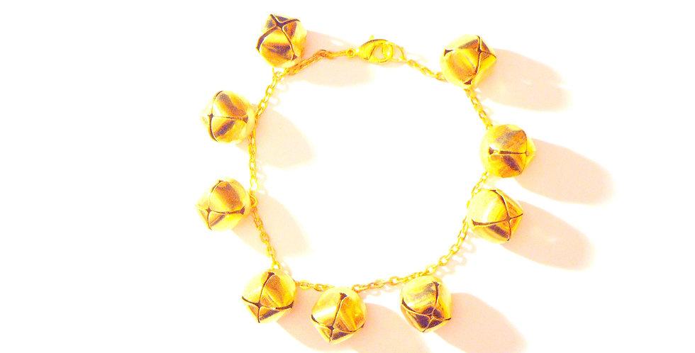 Bracelet LE FOU DE LA REINE, petits grelots dorés