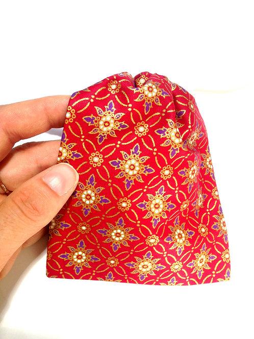 Petite pochette de rangement couture, ciseaux, bobines, avec cordon de fermeture