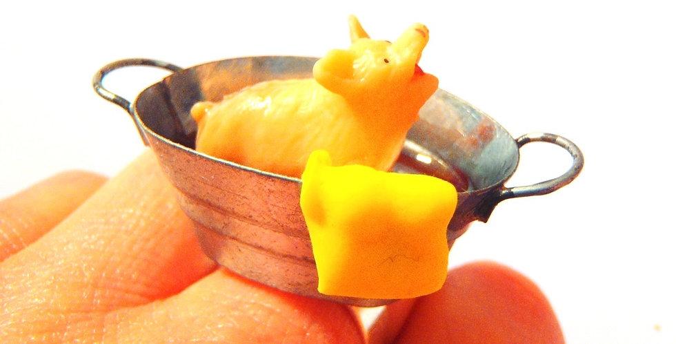 Bague LE BAIN DU P'TIT COCHON, cochon miniature, bain très sale, bague ajustable