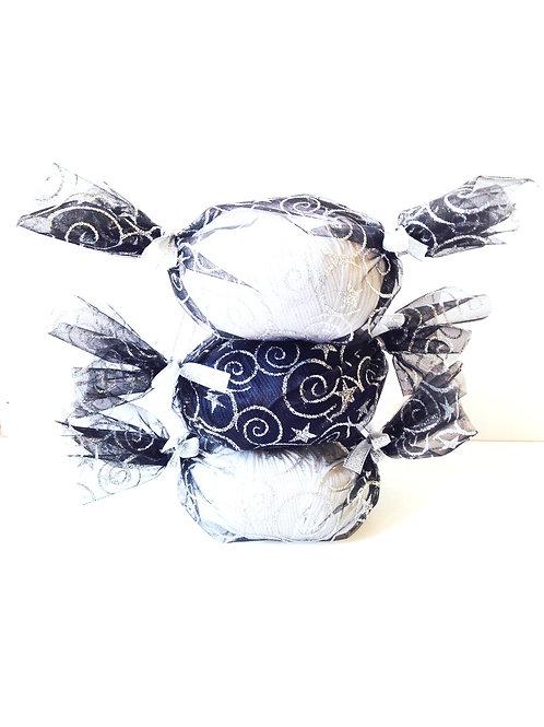 Lot de 3 bonbons de coton mercerisé et de tissu voile, noir et argent