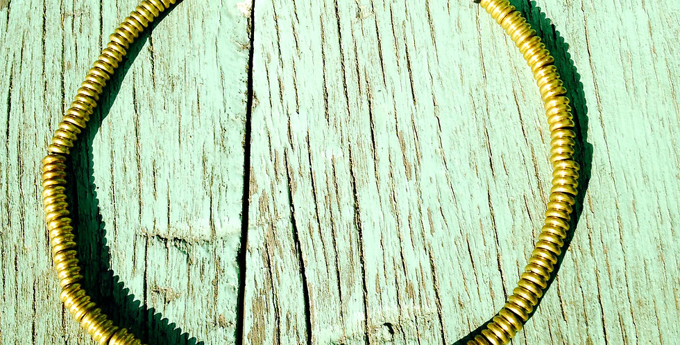 Collier ras du cou AIYA, perles dorées