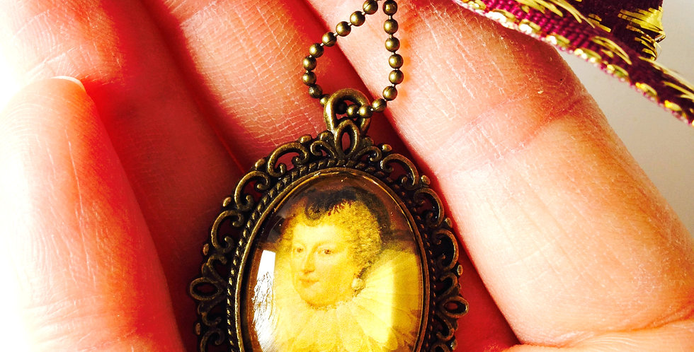 Sautoir MARIE DE MÉDICIS, portrait miniature, bronze avec noeud bordeaux