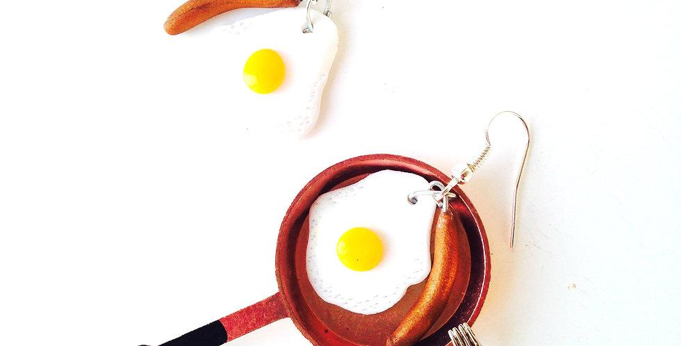 Boucles d'oreilles EGGS and SAUSAGE, oeuf et saucisse miniatures