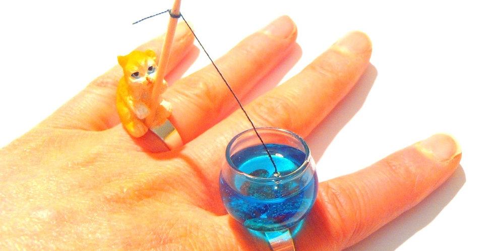 Bague LE CHAT QUI PÊCHE, bague double, aquarium miniature