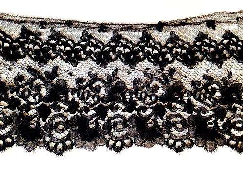 Dentelle noire élastique, morceau avec des défauts, 14 x 150 cm