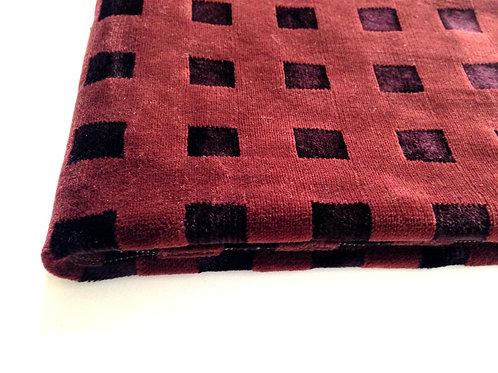 Velours synthétique brun chocolat, motif carrés, velouté, 43 X 143 cm