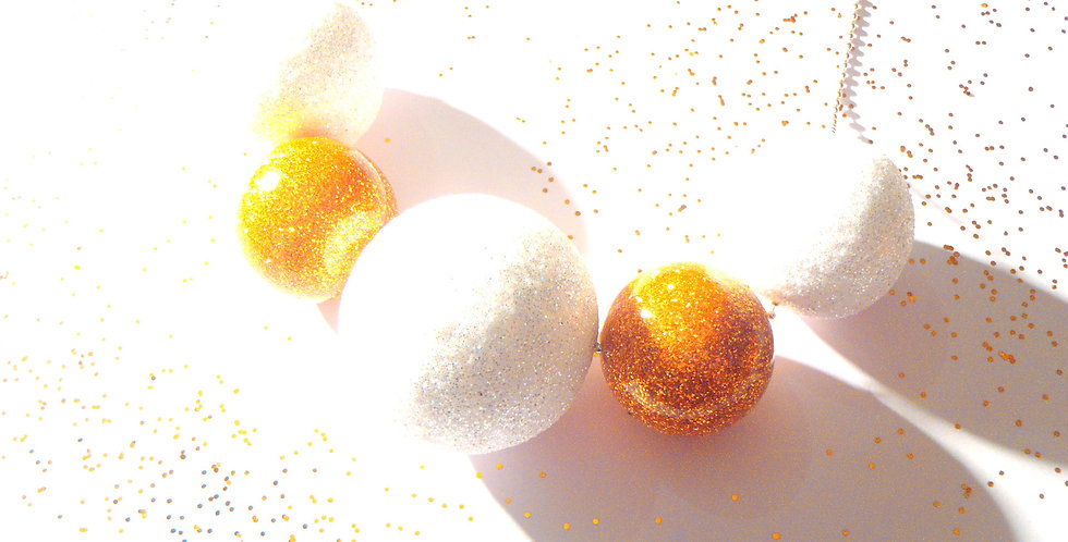 Sautoir BOULES, blanc et or pailleté