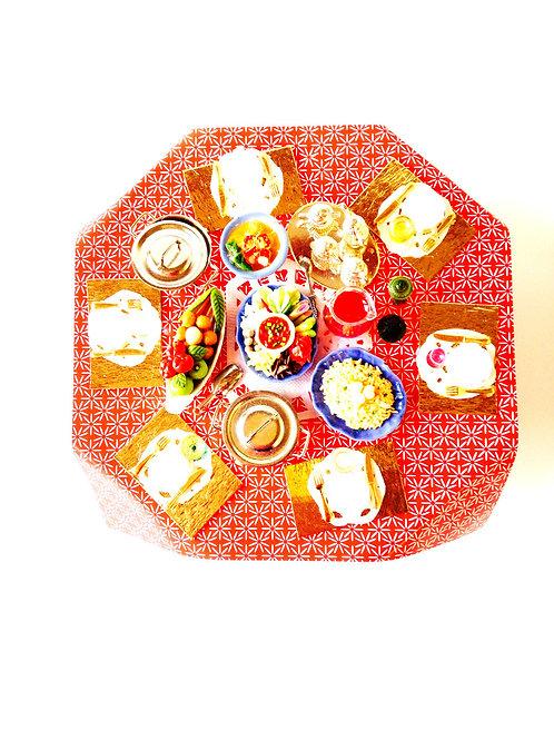 Table de festin miniature, table de fête, avec objets collés par SophieLDesign
