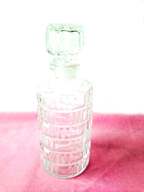 Carafe à liqueur, en verre LEVER, bouchon en verre motifs ciselés, vintage