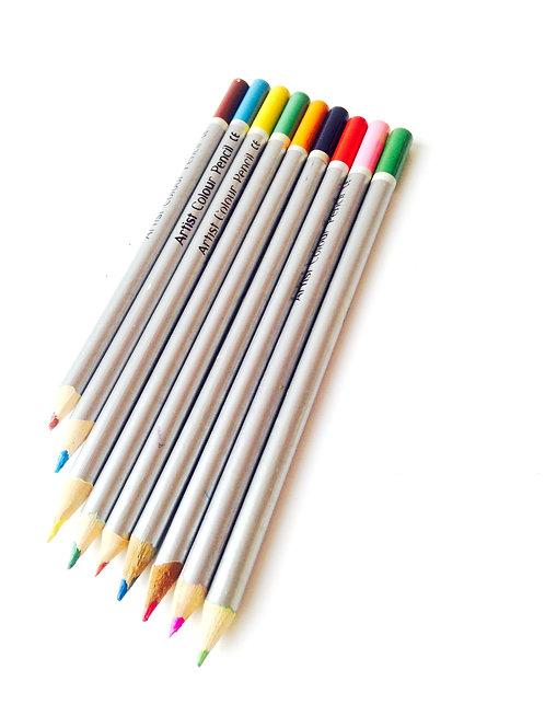 Crayons de couleur, lot de 9. Produit d'occasion