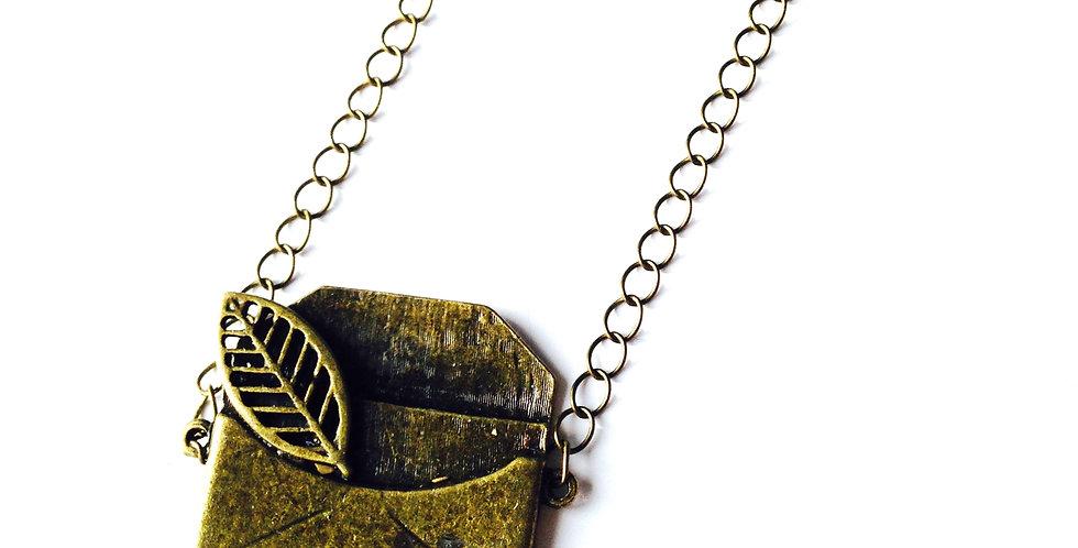 Sautoir LA LETTRE, petit charm bronze, chaîne grosses mailles bronze