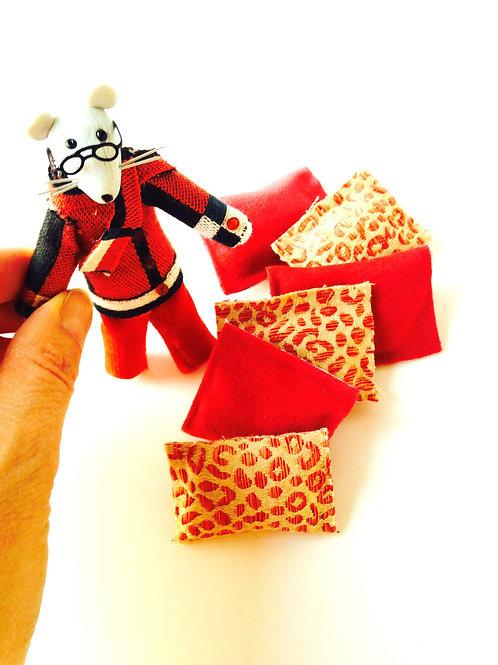 Lot de 6 petits coussins miniatures, pour maison de poupée, tissu panthère