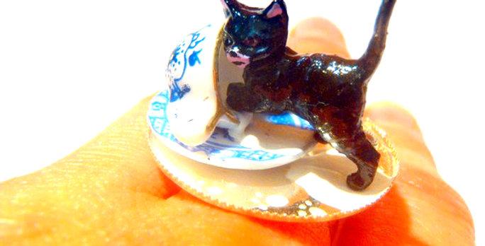 Bague LE P'TIT FRIPON, chat et tasse de lait renversé, miniatures