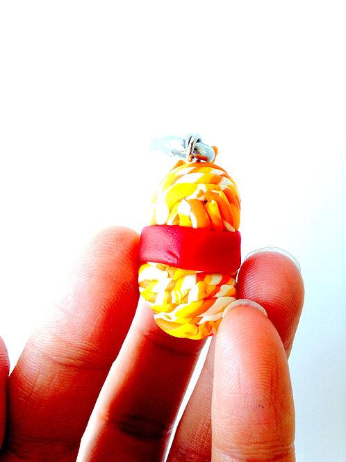 Pelote miniature en pâte polymère, breloque
