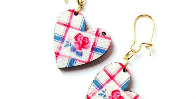 Boucles d'oreilles coeurs, ROSES AND WHISKEY, tartan rose et bleu