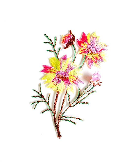 Appliqué thermocollant brodé FLEUR DELICATE jaune et rose, printemps