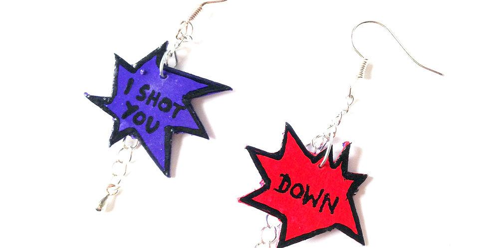 Boucles d'oreilles I SHOT YOU DOWN, carton peint, bleu / rouge
